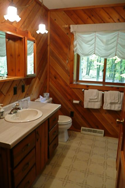 1 of 2 Bathrooms in Fox Den