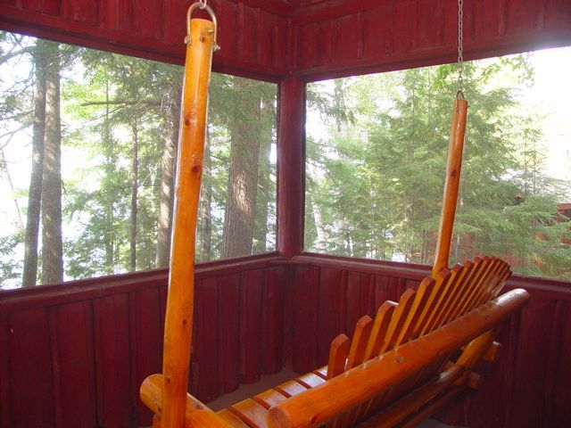 Porch swing of Butternut